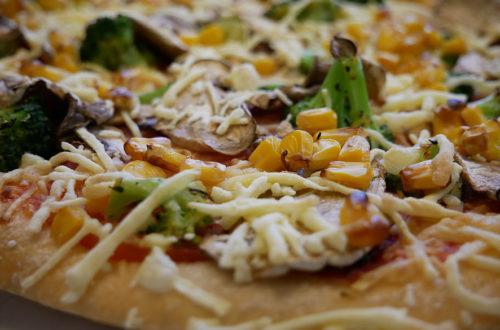 Vegane Pizza von Hallo Pizza! Nahaufnahme